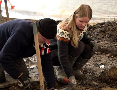 Med arkæologerne i felten
